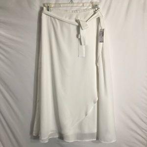 ♥️ NWT Roz & Ali Layered Belted Midi Skirt